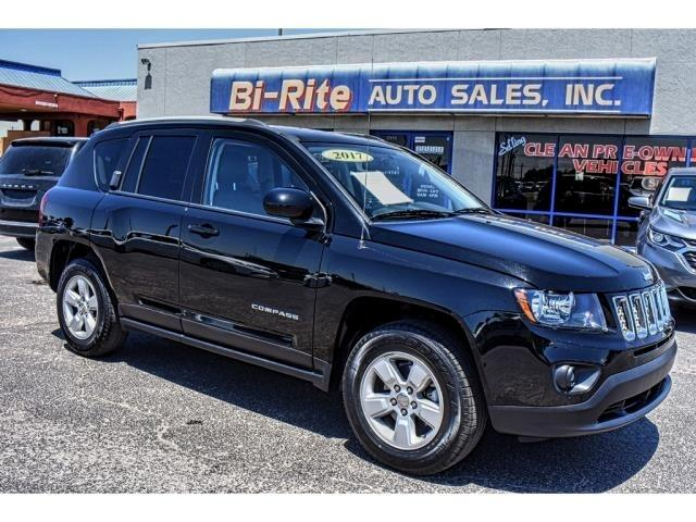 2017 Jeep Compass LATTITUDE WITH ATTITUDE GREAT ONE OWNER VEHICLE