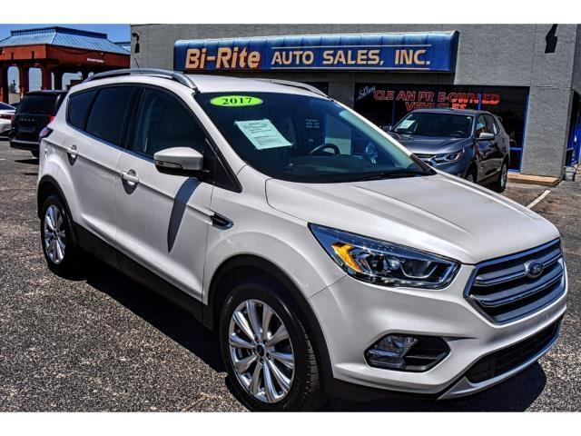 2017 Ford Escape LEATHER ONE OWNER TITANIUM TRIM CLEAN CAR FAX