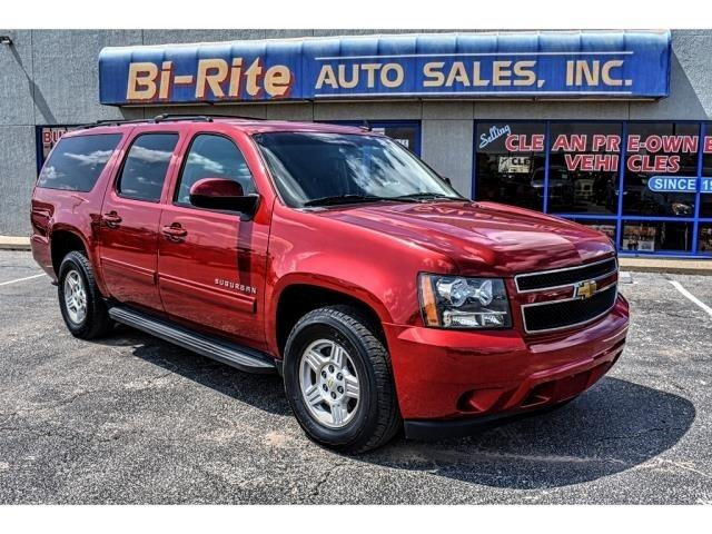 2012 Chevrolet Suburban PLENTY OF SPACE FOR THE FAMILY, AWESOME PRICE