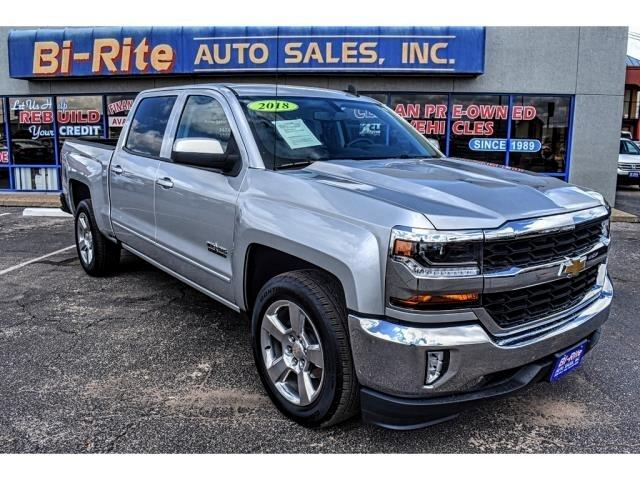 2018 Chevrolet Silverado 1500 CREW CAB, TOW PACKAGE, 2WD LT, LOW MILES!!!!