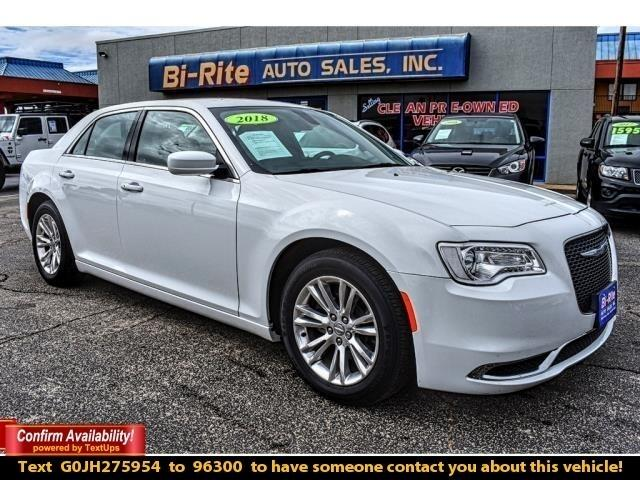 2018 Chrysler 300 300C TOURING, LEATHER, POWER SEAT, ALLOY WHEELS