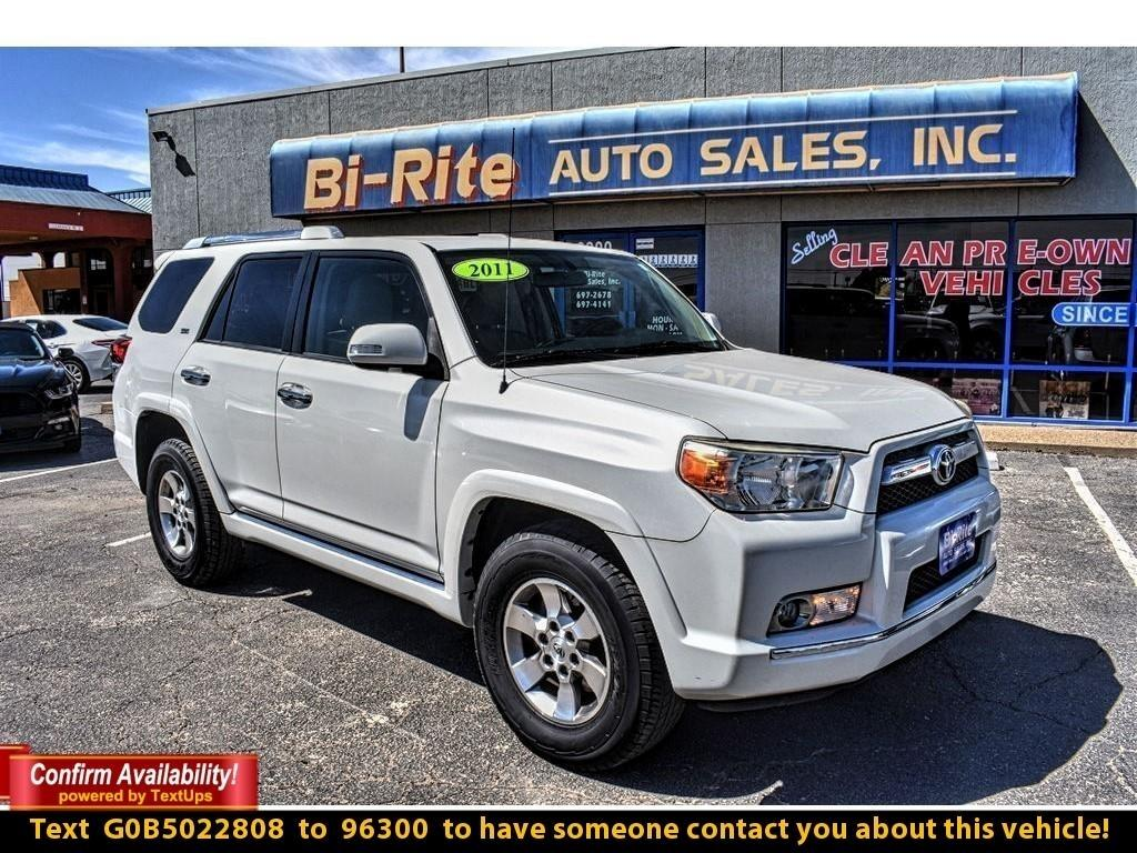 2011 Toyota 4Runner SR5 2WD, LUGGAGE RACK, ALLOY WHEELS, TOW PACKAGE