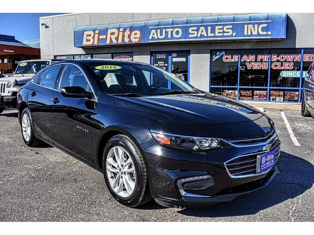 2016 Chevrolet Malibu DRIVE IN STYLE, FUEL EFFICIENT AND CLASSY !!