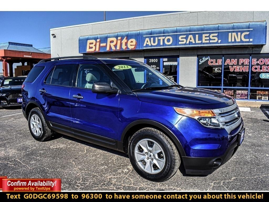2013 Ford Explorer MID SIZE CROSS OVER, FUEL EFFICICENT !!
