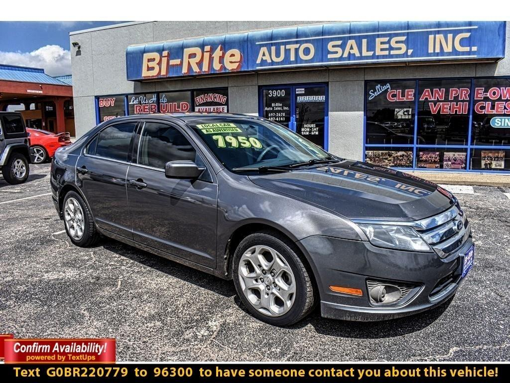 2011 Ford Fusion GREAT PRICE PERFECT STARTER VEHICLE JUST ARRIVED!!