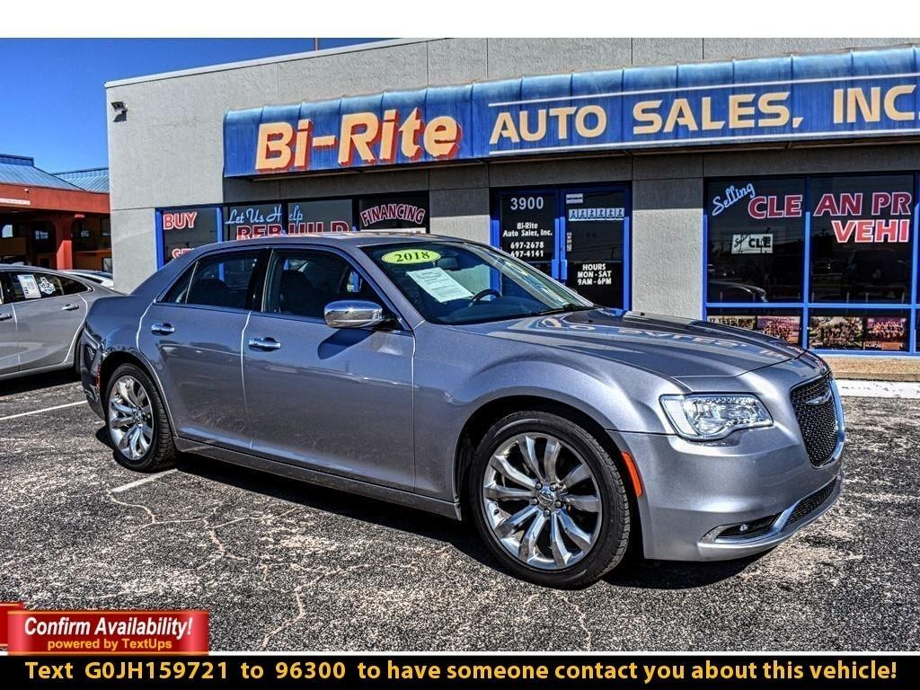 2018 Chrysler 300 300 LIMITED VERY NICE CLEAN AND CLASSY
