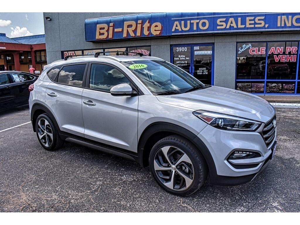 2016 Hyundai Tucson SUPER CLEAN LOW MILES SPORT PACKAGE
