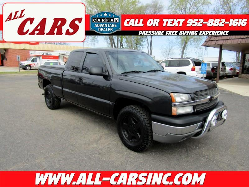 2003 Chevrolet Silverado 1500 Ext. Cab 4-Door Short Bed 4WD
