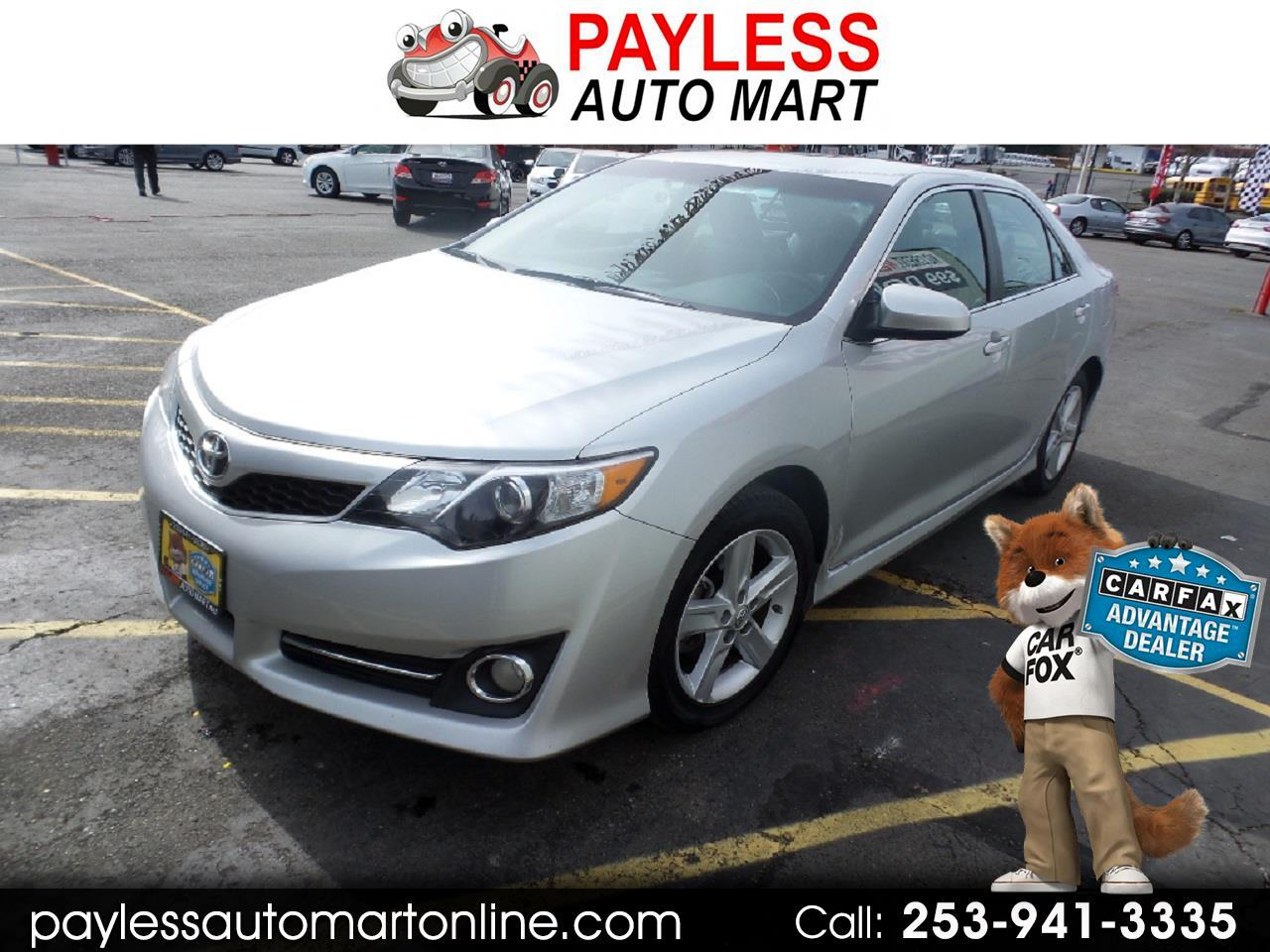 2014 Toyota Camry LE.