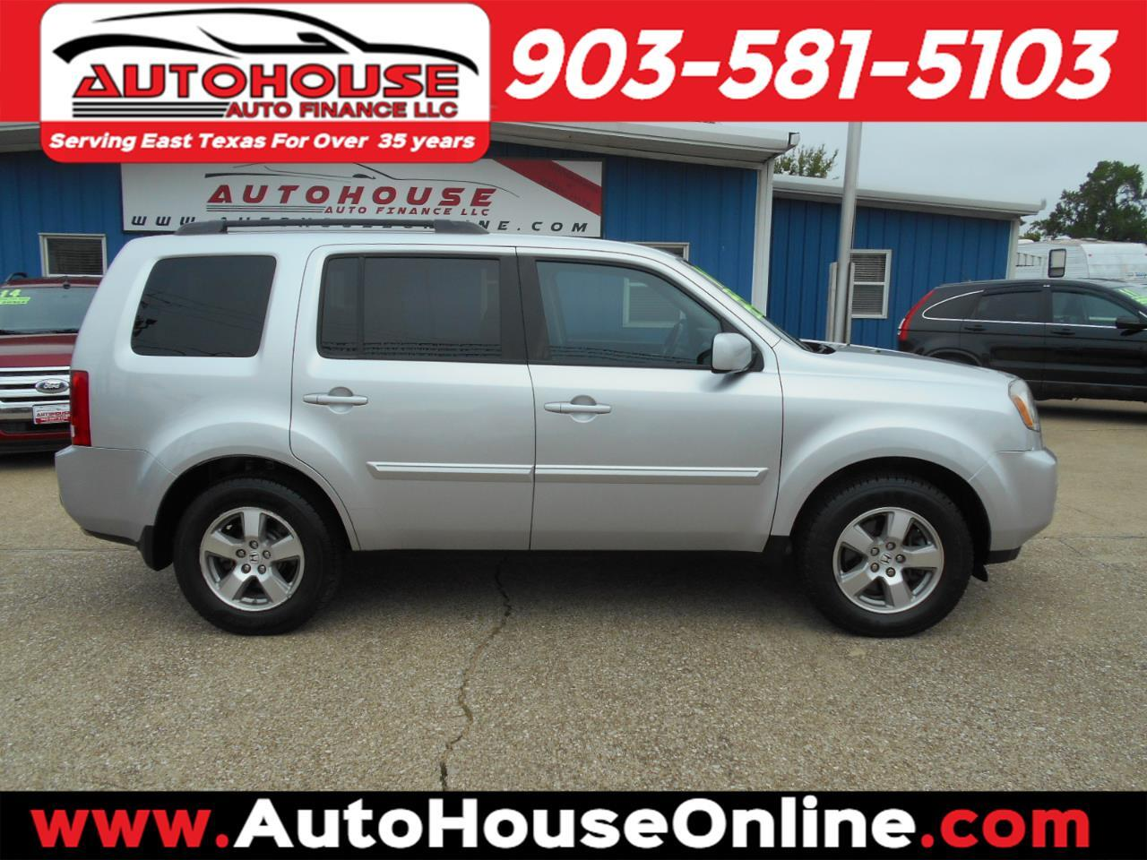Honda Pilot EX-L 2WD 5-Spd AT with Navigation 2011