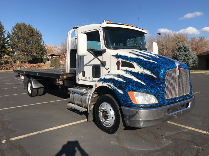 2008 Kenworth T300 TOW TRUCK