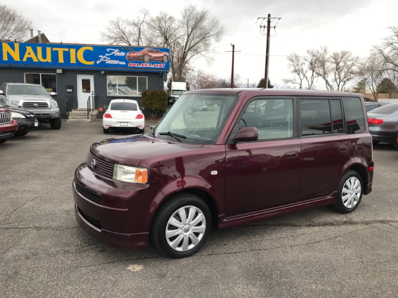 2004 Scion xB Wagon