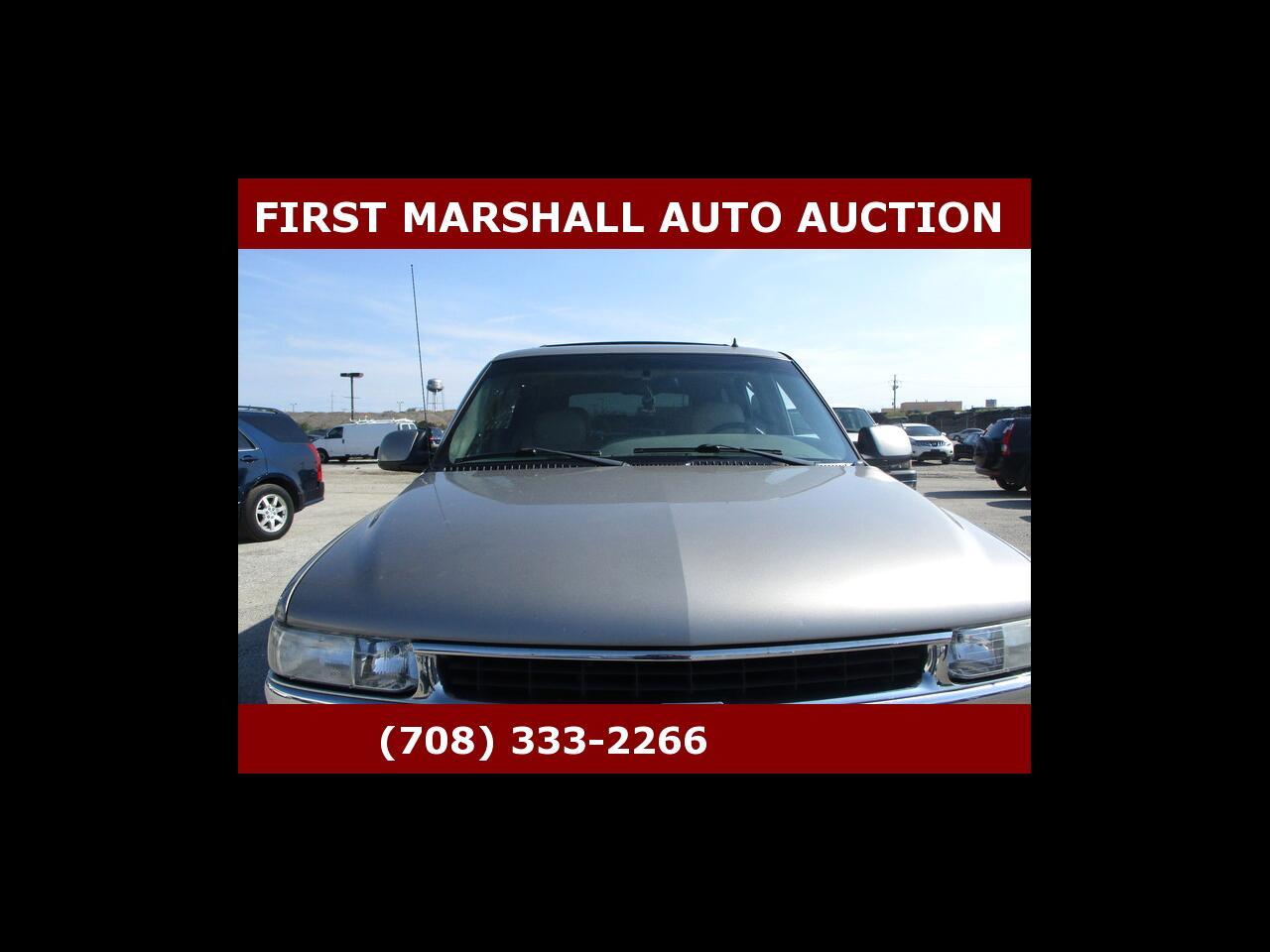 Chevrolet Tahoe 4dr 1500 4WD LT 2002