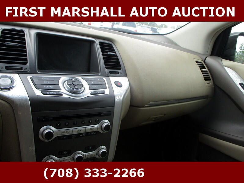 Nissan Murano 2WD 4dr SV 2012