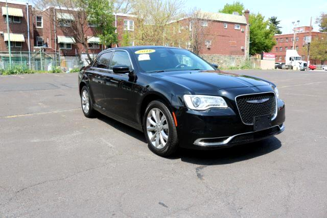 2018 Chrysler 300 Touring AWD