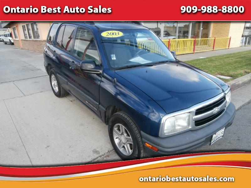 2003 Chevrolet Tracker 4-Door 2WD