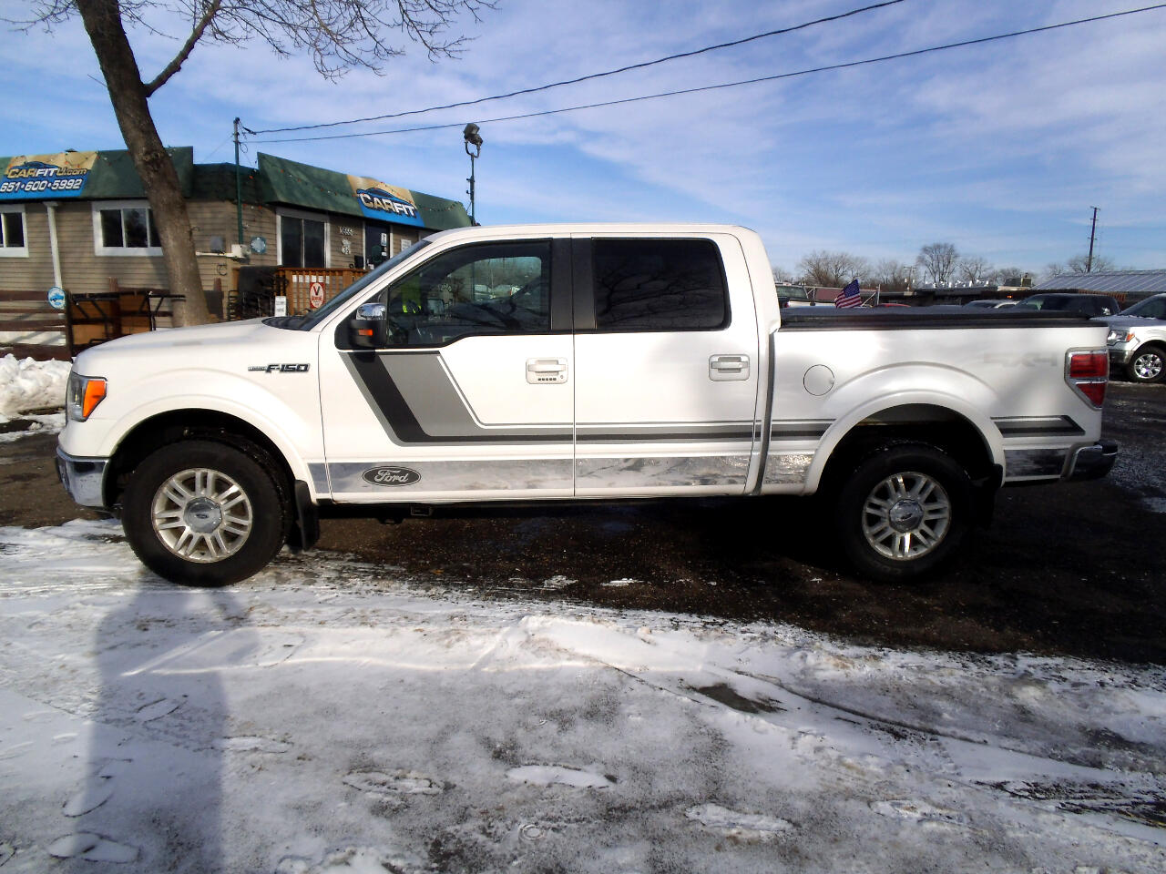 "2010 Ford F-150 4WD SuperCrew 139"" Lariat"