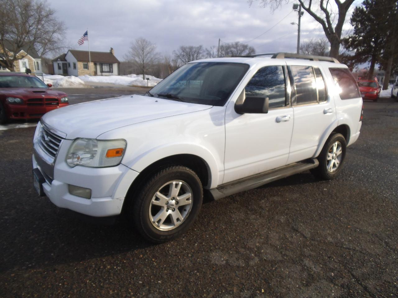 2009 Ford Explorer 4WD 4dr V6 XLT