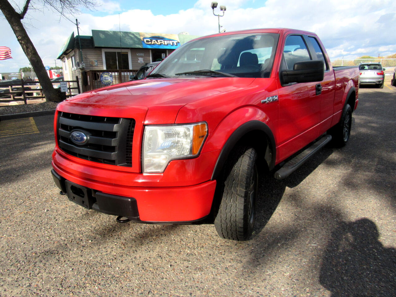 "Ford F-150 4WD SuperCab 145"" XLT 2011"