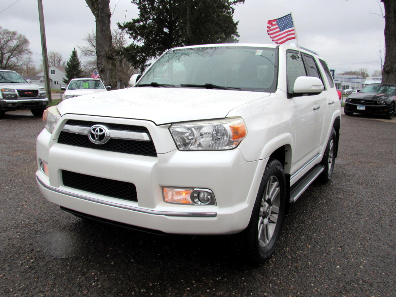 Toyota 4Runner 4WD 4dr V6 SR5 (Natl) 2012
