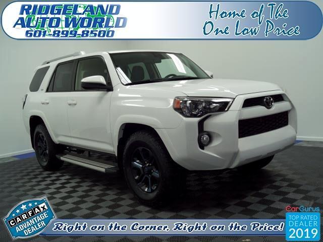 Toyota 4Runner SR5 2WD 2016