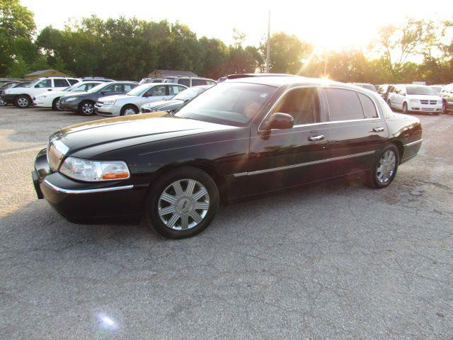 2003 Lincoln Town Car Cartier L