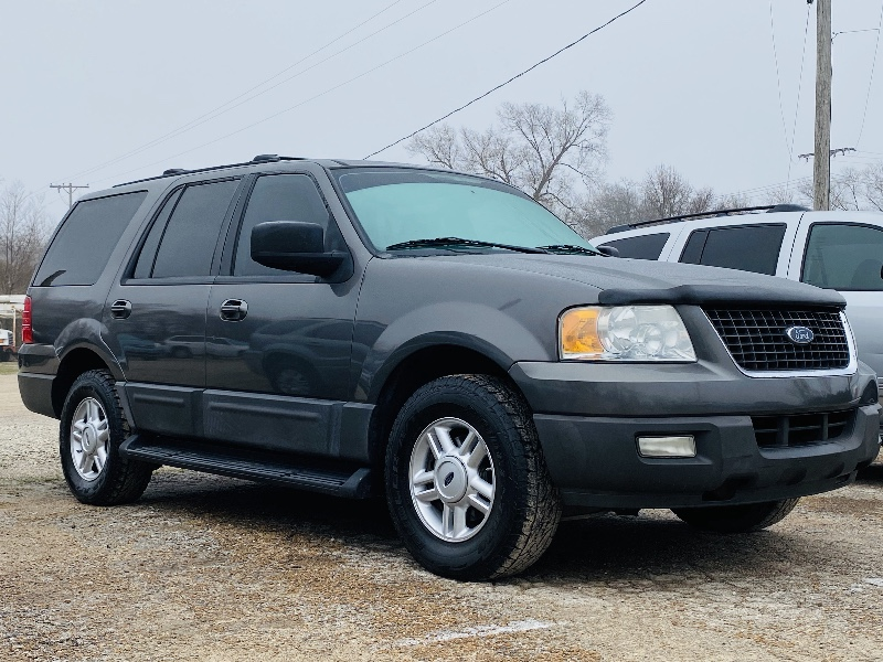 Ford Expedition XLT 4.6L 2WD 2004