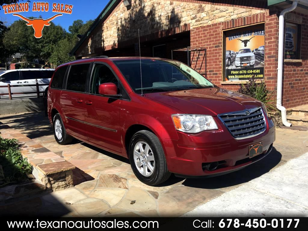 2010 Chrysler Town & Country Base