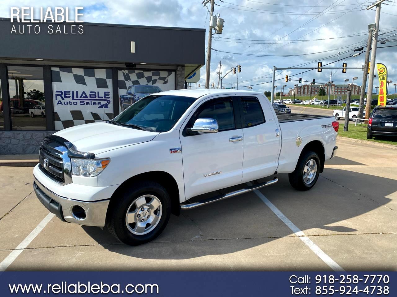 Toyota Tundra 4WD Truck Dbl 5.7L FFV V8 6-Spd AT (Natl) 2010