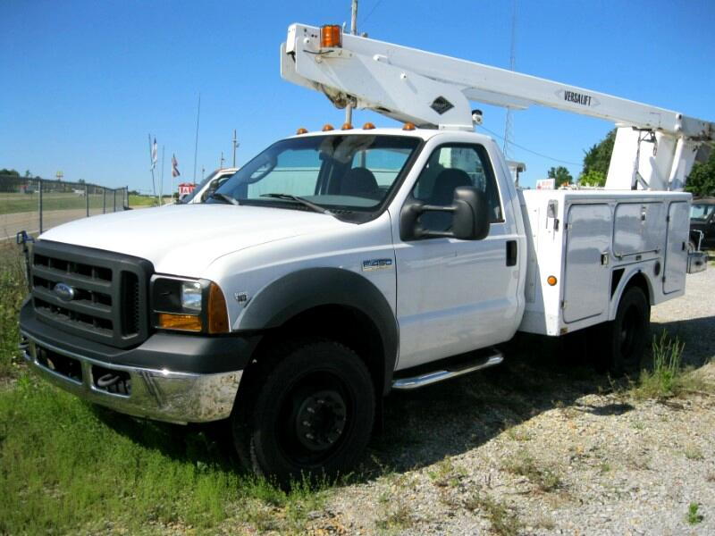 Ford F-550 Regular Cab 4WD DRW 2006