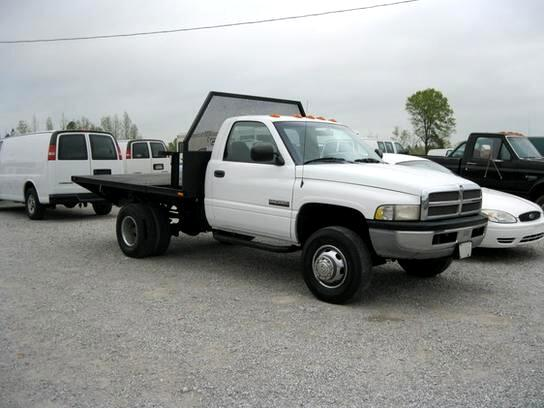 Dodge Ram 3500 Reg. Cab Long Bed 2WD 2001