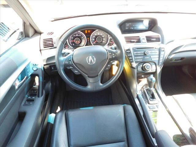 Acura TL 6-Speed AT 2013