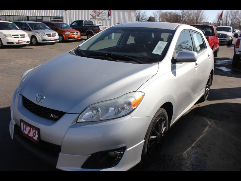 Toyota Matrix XRS 4-Speed AT 2010