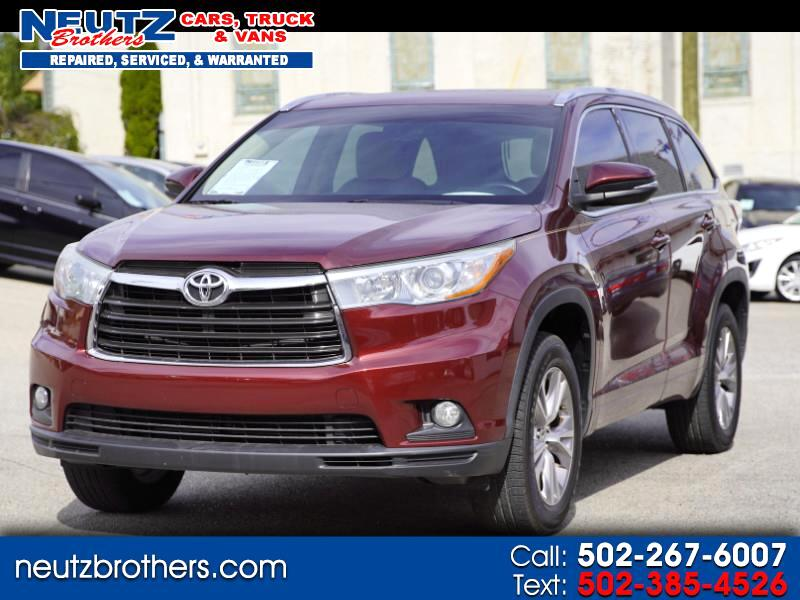 2015 Toyota Highlander XLE 2WD With 3rd Row Seating
