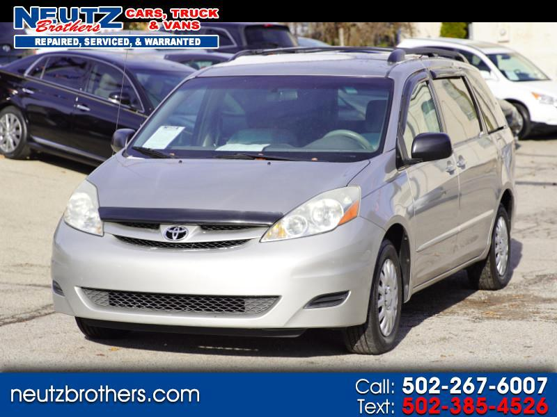 Toyota Sienna 5dr LE 2009