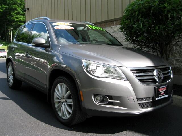 2011 Volkswagen Tiguan SEL 4Motion AWD