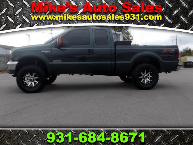 2004 Ford Super Duty F-250 Supercab 142