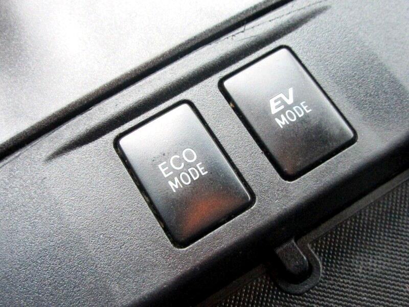 2016 Toyota Camry Hybrid SE