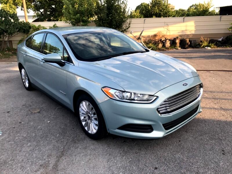 Ford Fusion Hybrid S 2014