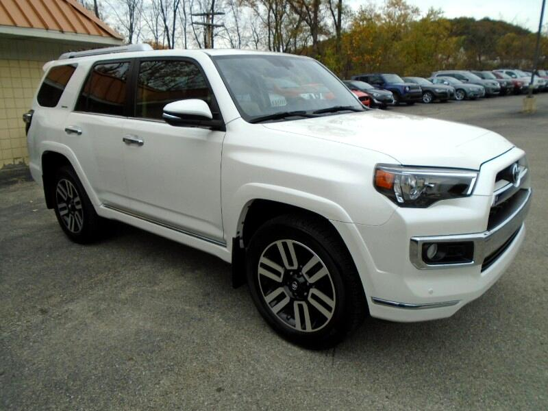 Toyota 4Runner Limited 4WD V6 2017