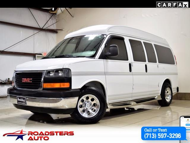 2005 GMC Savana conversion van