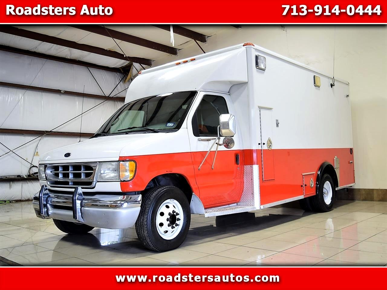 Ford Econoline E-450 Super Duty 2002