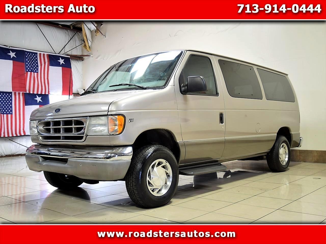 Ford Econoline Wagon E-150 XL 2002