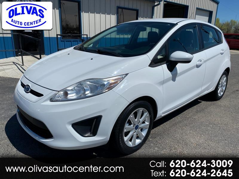 Ford Fiesta 4dr Sdn SE 2012