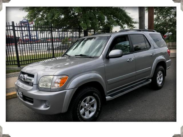 2006 Toyota Sequoia SR5 4WD WITH SUNROOF