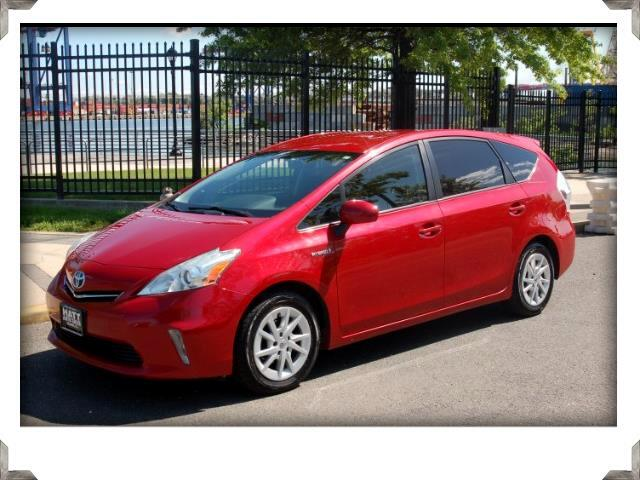 2012 Toyota Prius V NAVIGATION w/BACK UP CAMERA