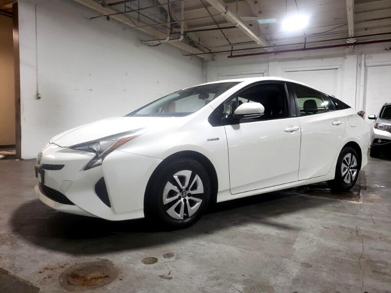 2016 Toyota Prius TRIM 3 NAVIGATION SUNROOF w/BACK-UP CAMERA