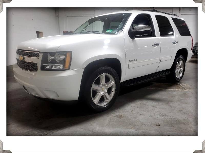 2010 Chevrolet Tahoe LT 4WD LEATHER w/SUNROOF