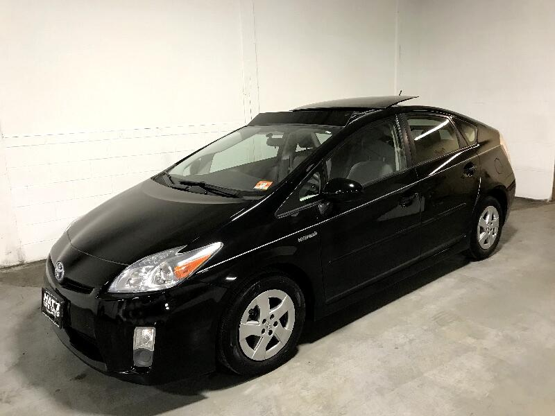 2010 Toyota Prius 3 SUNROOF NAVIGATION w/BACK-UP CAMERA