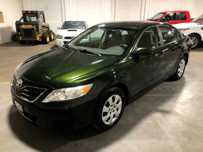 2010 Toyota Camry LE AUTOMATIC w/SUNROOF